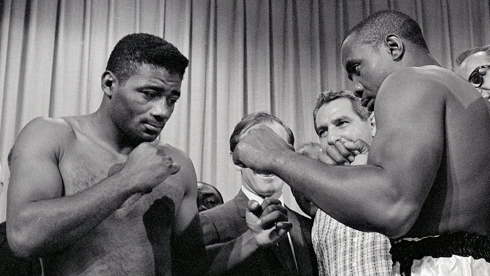 Sonny Liston faces off with Floyd Patterson in 1963