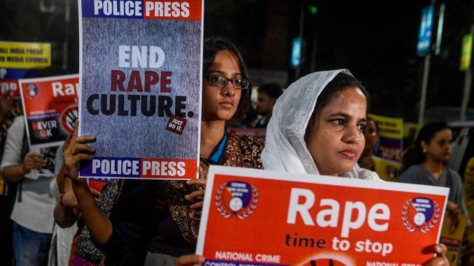 Indija: Žena zapaljena na putu za saslušanje povodom slučaja silovanja 1