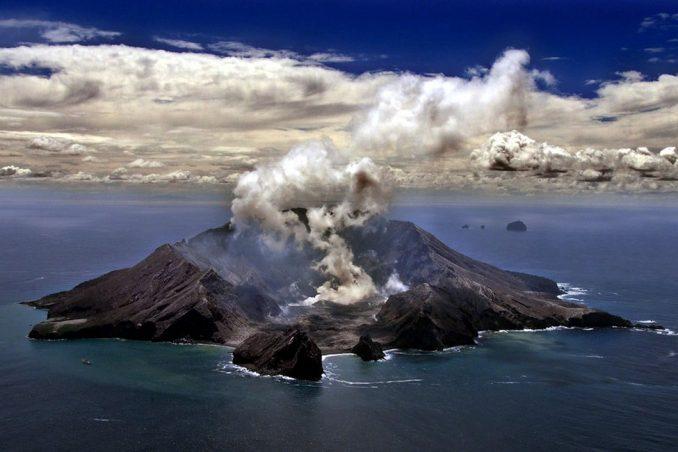 """Erupcija vulkana na Novom Zelandu – priče spasilaca: """"Bilo je kao u Černobilju"""" 5"""