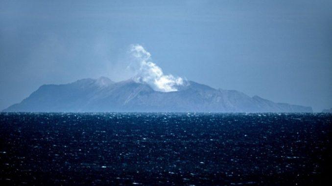 Vulkan na Novom Zelandu: Policija izvlači tela žrtava uprkos opasnosti od novih erupcija 3