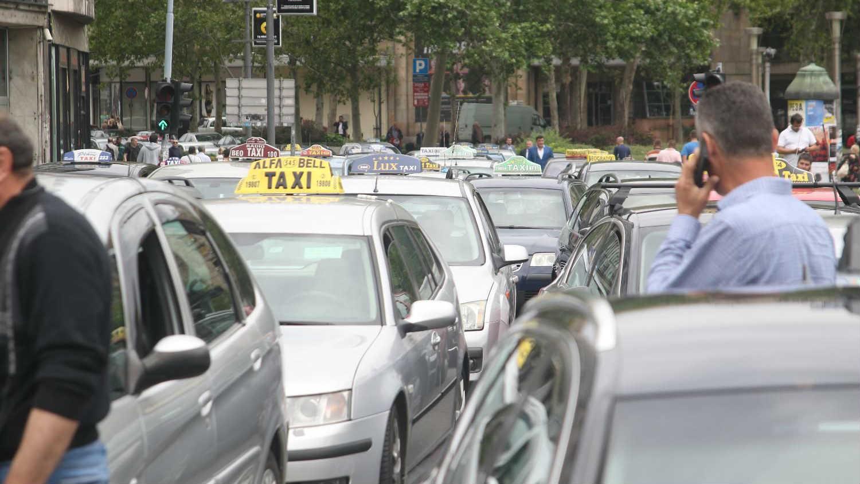 Za tri godine sva taksi vozila u Beogradu u beloj boji 1