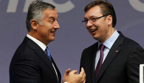 Vučić: Uskoro konačna odluka da li idem u Crnu Goru 15