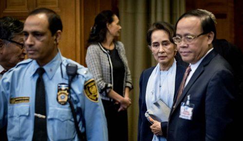 Liderka Mjanmara poriče tvrdnje o genocidu 12