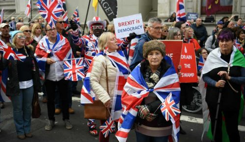 Nezaposlenost u Velikoj Britaniji raste iako se ponovo otvara privreda 12