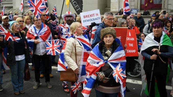 Nezaposlenost u Velikoj Britaniji raste iako se ponovo otvara privreda 1