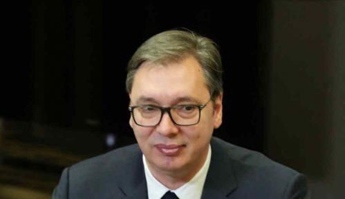 Vučiću uručena Zlatna medalja za zasluge grada Atine 10