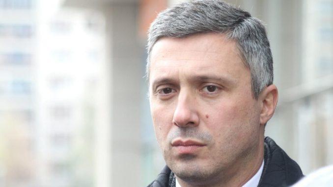 Obradović Vučiću: Gde se nalazite dok nam se država raspada? 2
