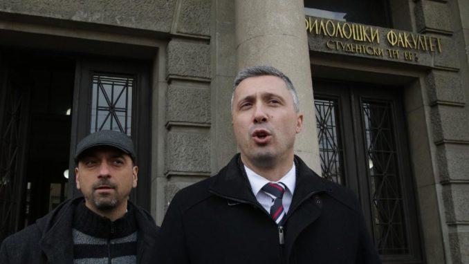 Obradović: Ako depeše Vikiliksa govore istinu, Vučić i Stefanović da podnesu ostavku 4