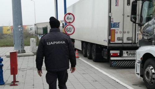 Carinici otkrili 360.000 psihoaktivnih tableta u kamionu iz Beograda 5