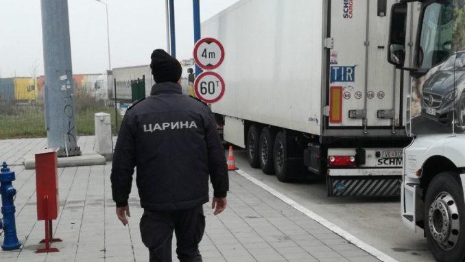 Carinici otkrili 360.000 psihoaktivnih tableta u kamionu iz Beograda 2