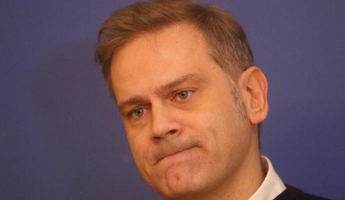 Stefanović poručio šefu Delegacije EU da postaje politički saučesnik režima 12