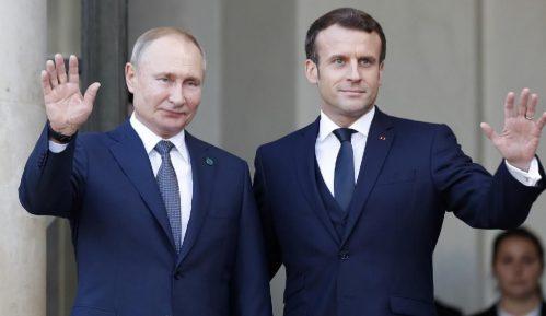 Makron i Putin razgovarali o nastavku saradnje 8