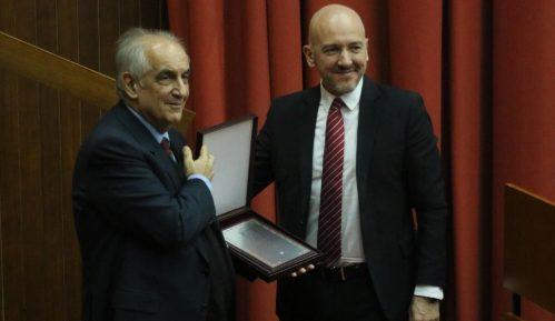 """Miodragu Majiću nagrada """"Verica Barać"""" 7"""