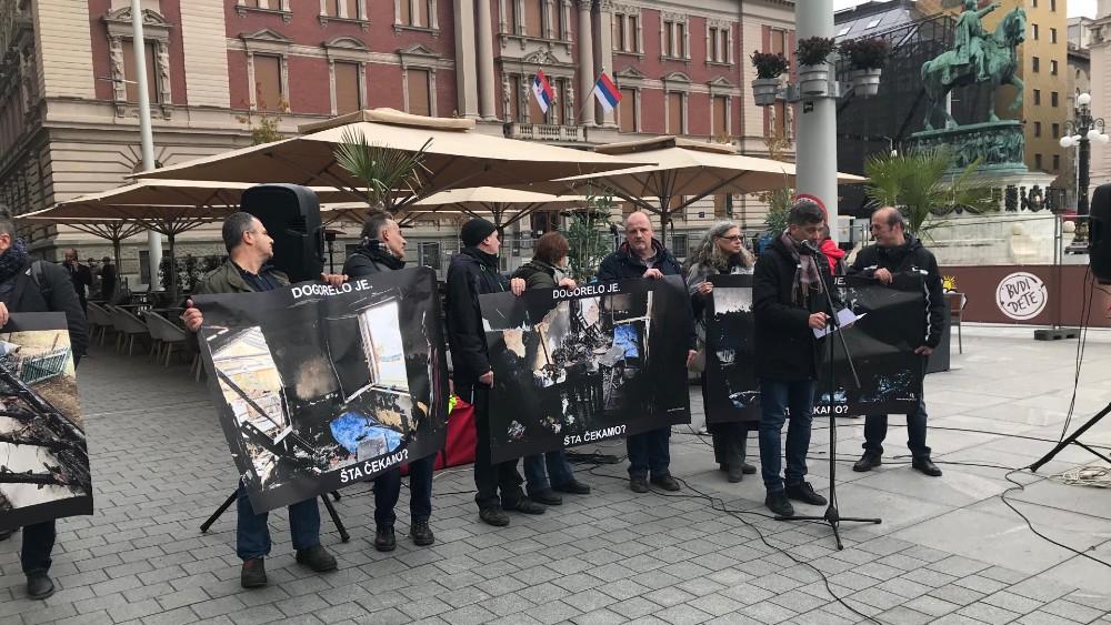 """Održan protest novinara """"Dogorelo je"""" (VIDEO) 1"""