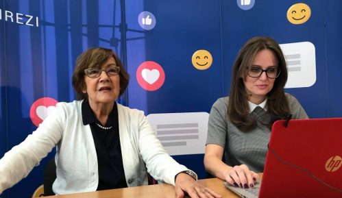 Vesna Pešić odgovarala na Fejsbuku (LIVE) 12
