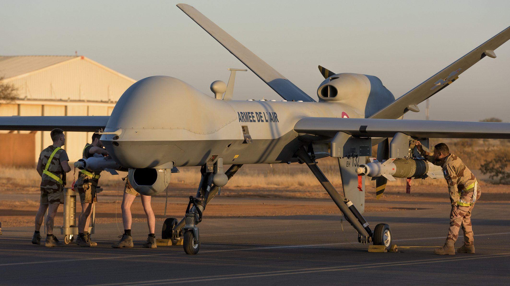 Francuska izvela prvi napad naoružanim dronom 1