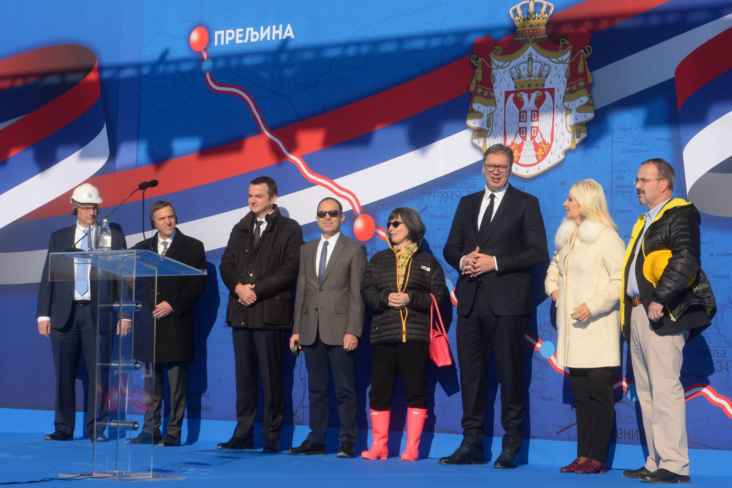 Vučić: Za dve godine od Beograda do Kruševca za sat i po 9