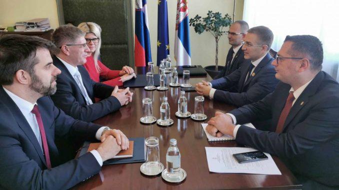 Stefanović i Poklukar potpisaće Protokol o saradnji u oblasti pružanja unutrašnje bezbednosti 4