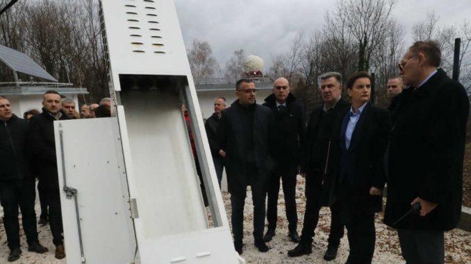 Brnabić obišla prvi automatski protivgradni sistem u Srbiji 2
