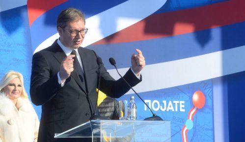 Vučić: Za dve godine od Beograda do Kruševca za sat i po 6