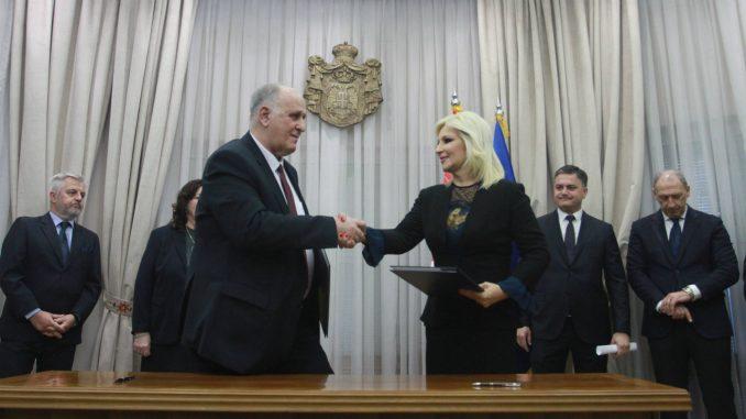 Potpisan sporazum Srbije i BiH o izgradnji auto-puta Beograda - Sarajevo 1