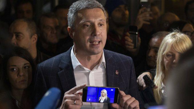 Obradović: Obećanja o poboljšanjima izbornih uslova obična farsa i laž 2
