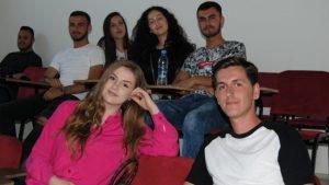 Odliv mozgova: Da li će poslednji lekar na Kosovu isključiti svetla kad ode? 4