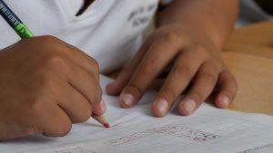 Siromaštvo najveći rizik za prekid školovanja 2