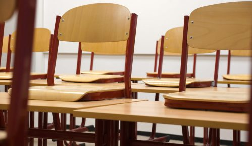 Posle Gimnazije i srednja Ekonomska škola u Čačku prekinula nastavu zbog nedolaska učenika 12