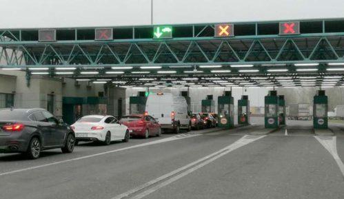 Grupa migranata probila ogradu na Horgošu 2 5