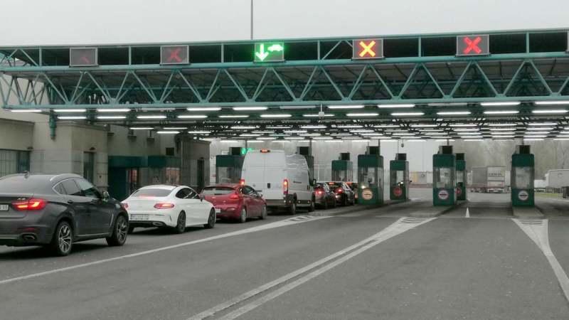 AMSS: Nema zadržavanja za putnička vozila, teretna na Horgošu čekaju pet sati 1
