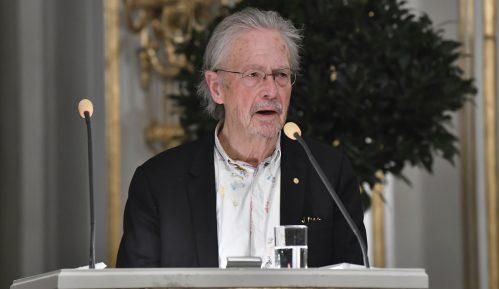 Albanija neće prisustvovati uručenju Nobelovih nagrada za književnost 8