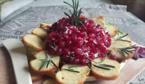 Praznična lopta od sira (recept) 9