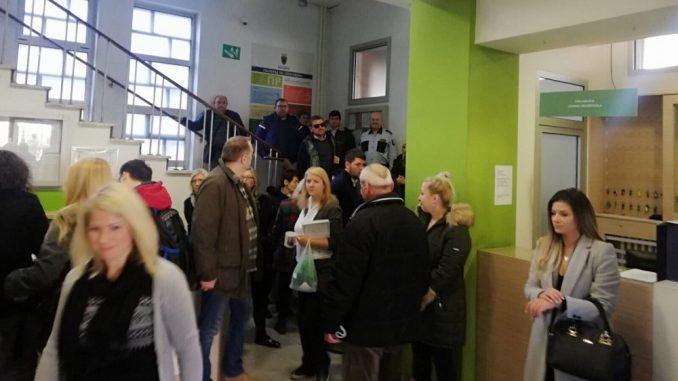 Sukob aktivista SNS-a i predstavnika inicijativa građana u opštini Zvezdara 1