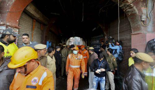 Najmanje 43 mrtvih u požaru u fabrici u Nju Delhiju 2
