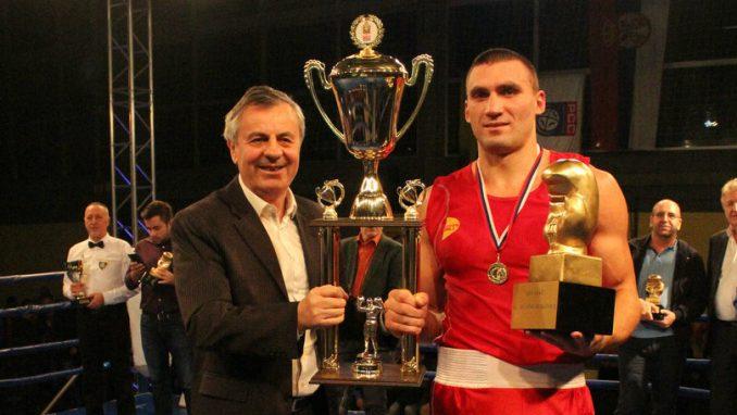 """""""Zlatna rukavica"""" u znaku evropskog šampiona Ukrajinca Vihrista 1"""