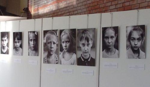 Izložba: Deca koja su preživela bombardovanja 3