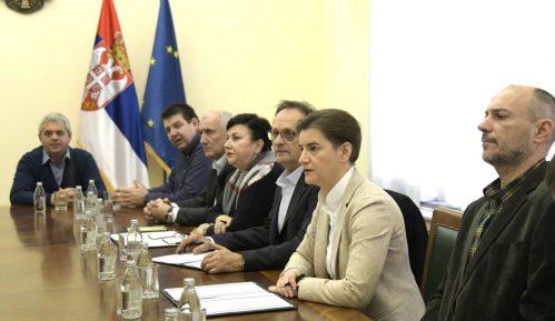 Šta je predviđeno sporazumom radnika Pošte i Vlade o prekidu štrajka? 11