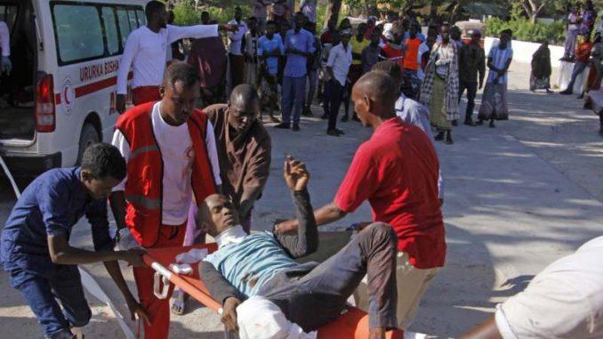 Najmanje 30 ljudi poginulo u eksploziji automobila bombe u Somaliji 3