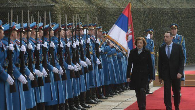 Vulin i Parli: Intenzivna saradnja Srbije i Francuske u oblasti odbrane 4
