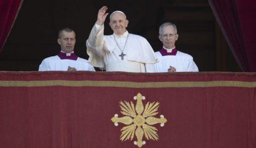 Papa Franja apelovao da se garantuje bezbednost na Bliskom istoku, posebno u Siriji 9
