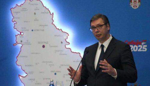 Vučić: Prosečna plata do kraja 2025. godine 900 evra, penzije između 430 i 440 evra 11