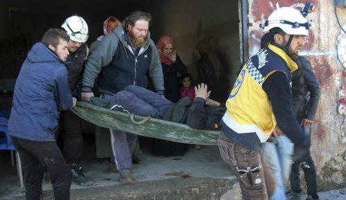 UN: Nekoliko desetina hiljada ljudi napustilo provinciju Idlib u Siriji 6