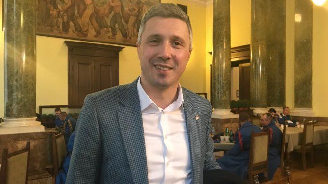 Obradović optužio Mićunovića, Šutanovca i Božovića da imaju sporazum sa Vučićem 1