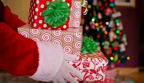 Deca saznaju da Deda Mraz ne postoji između pete i desete godine 7