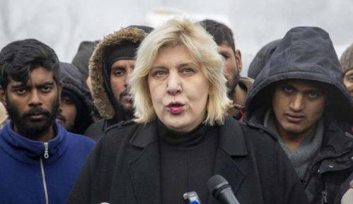 Dunja Mijatović poziva na oslobađanje pritvorenih migranata 14