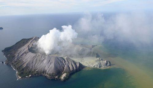 U erupciji vulkana na Novom Zelandu jedan mrtav, ima nestalih 5