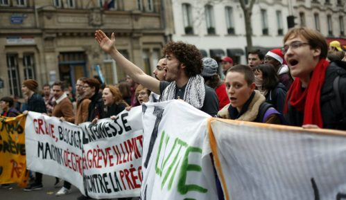 U Francuskoj danas 28. dan štrajka, sindikati nezadovoljni Makronovim govorom 4