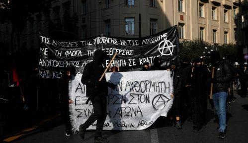 Hiljade Grka na ulicama na godišnjicu policijskog ubistva dečaka 7