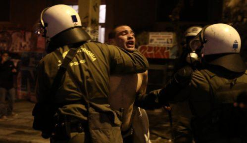 Grčka: Sukobi građana i policije na protestu povodom godišnjice ubistva dečaka 48